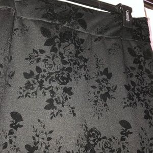 Joe Benbasset Skirts - Flower patterned pencil skirt